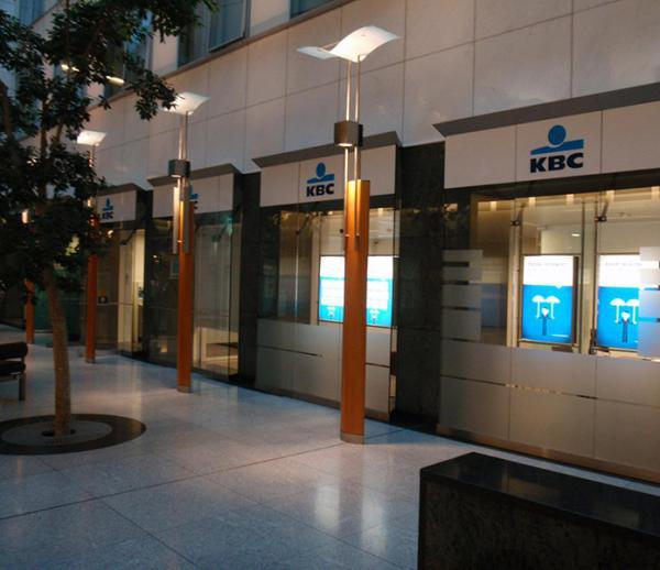 Kantoorinrichting KBC Bankfiliaal Europees Parlement - Brussel
